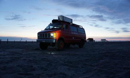 VLOG N°7: Übernachten auf dem Strandparkplatz St. Peter-Ording?